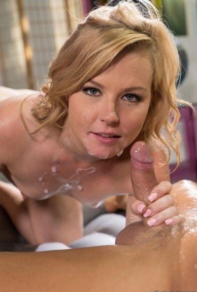Сексуальный массаж в душе 17 фото