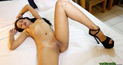 Секс с голой азиаткой от первого лица 15 фото