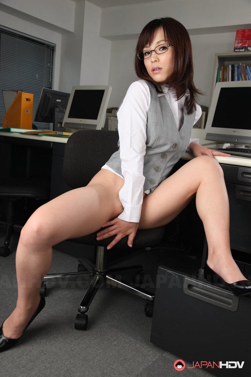 Порно японка в офс